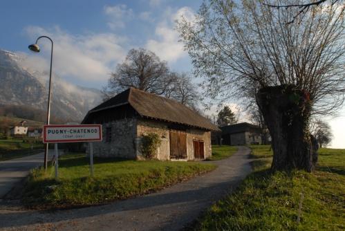 Petite grange à Pugny Chatenod en Savoie