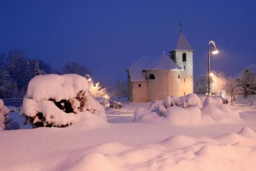 église de Pugny Chatenod sous la neige